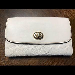 NWOT Leather Coach Crossbody Wallet